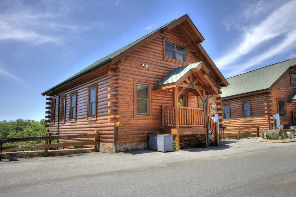 Photo of a Pigeon Forge Cabin named Lasting Impressions #240 - This is the twentieth photo in the set.