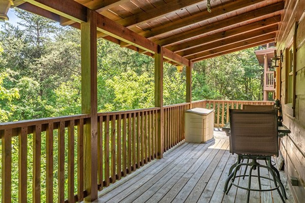 Photo of a Pigeon Forge Cabin named Livin' Simple - This is the twenty-first photo in the set.