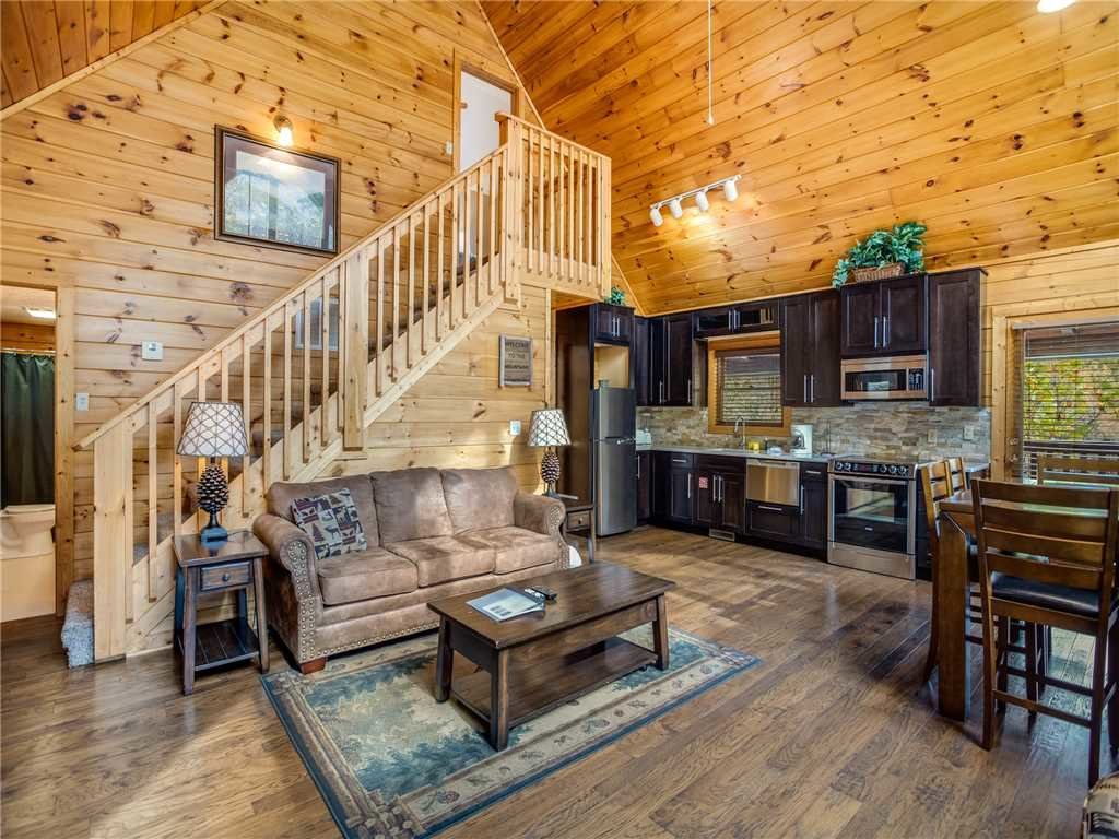 Photo of a Gatlinburg Cabin named Mountain Elegance - This is the third photo in the set.