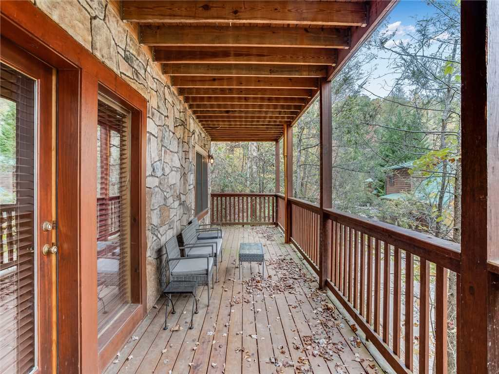 Photo of a Gatlinburg Cabin named Mountain Elegance - This is the twenty-first photo in the set.