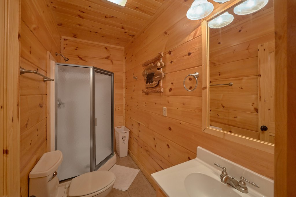 Photo of a Sevierville Cabin named It's All Good - This is the twenty-second photo in the set.