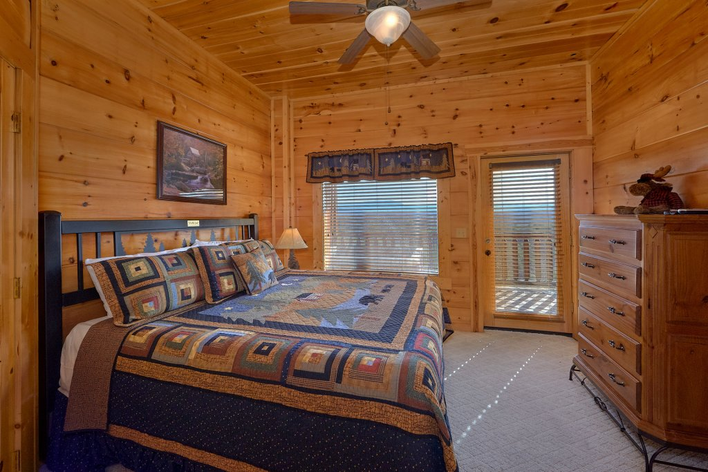 Photo of a Sevierville Cabin named It's All Good - This is the twenty-first photo in the set.