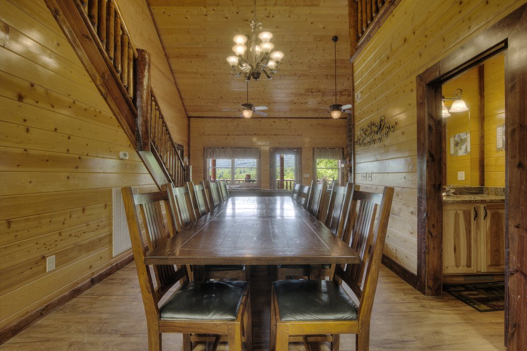 Photo of a Gatlinburg Cabin named Mystical Creek Pool Lodge #600 - This is the forty-first photo in the set.