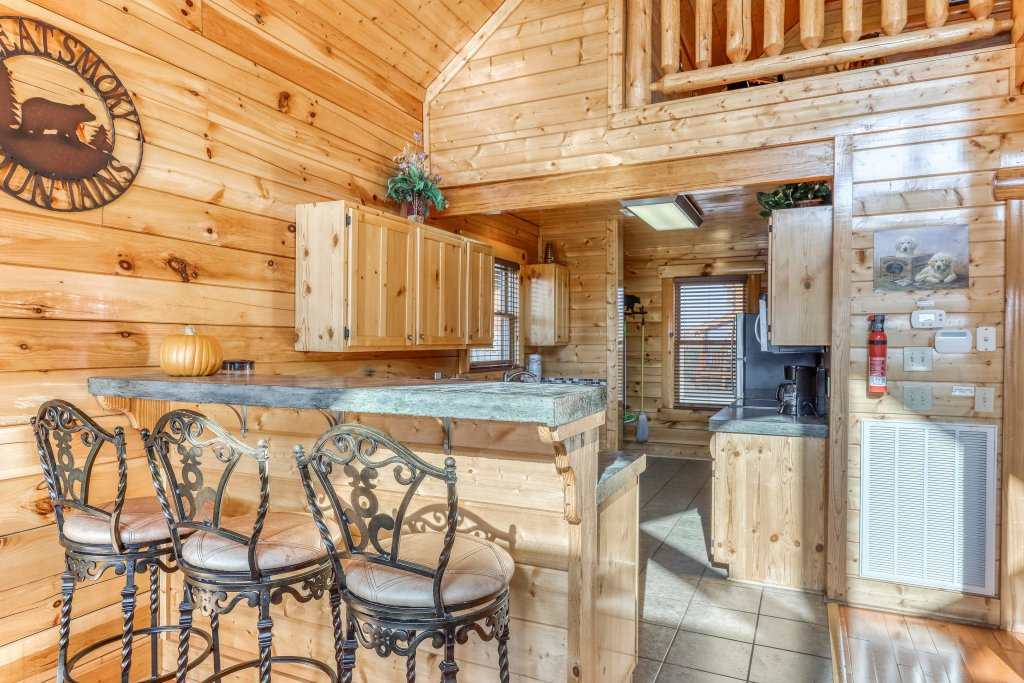 Photo of a Sevierville Cabin named Paradise Retreat - This is the eighth photo in the set.