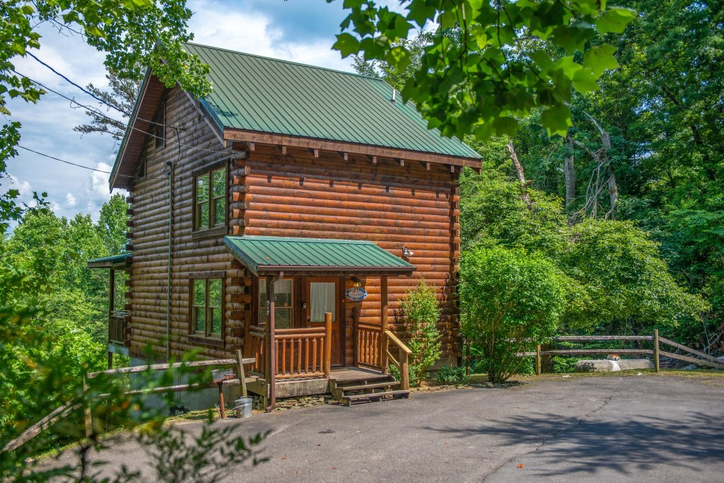 Photo of a Gatlinburg Cabin named Appalachian View - This is the third photo in the set.