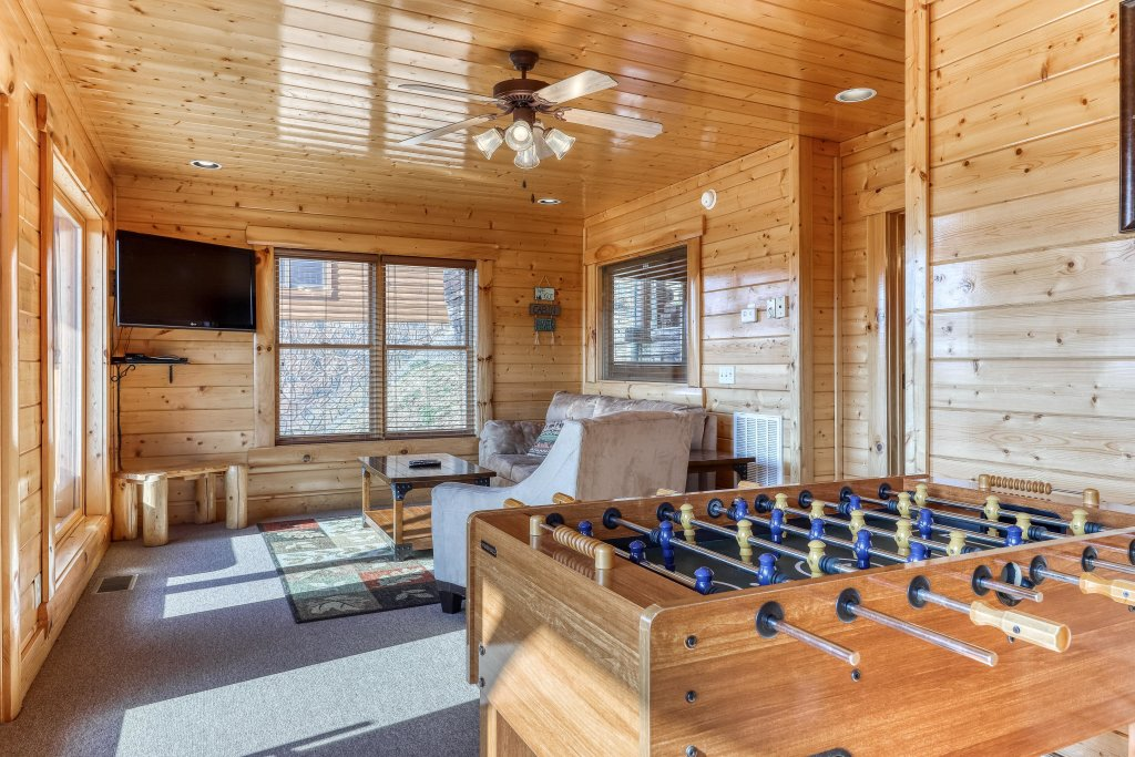 Photo of a Sevierville Cabin named Paradise Retreat - This is the sixteenth photo in the set.