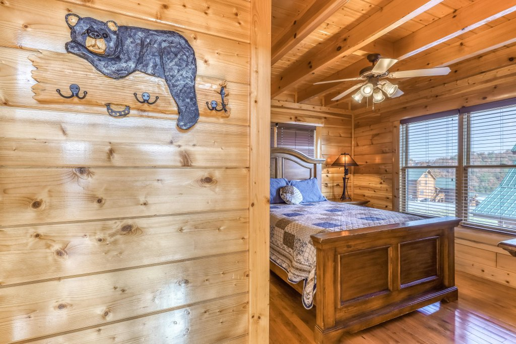Photo of a Sevierville Cabin named Paradise Retreat - This is the seventeenth photo in the set.