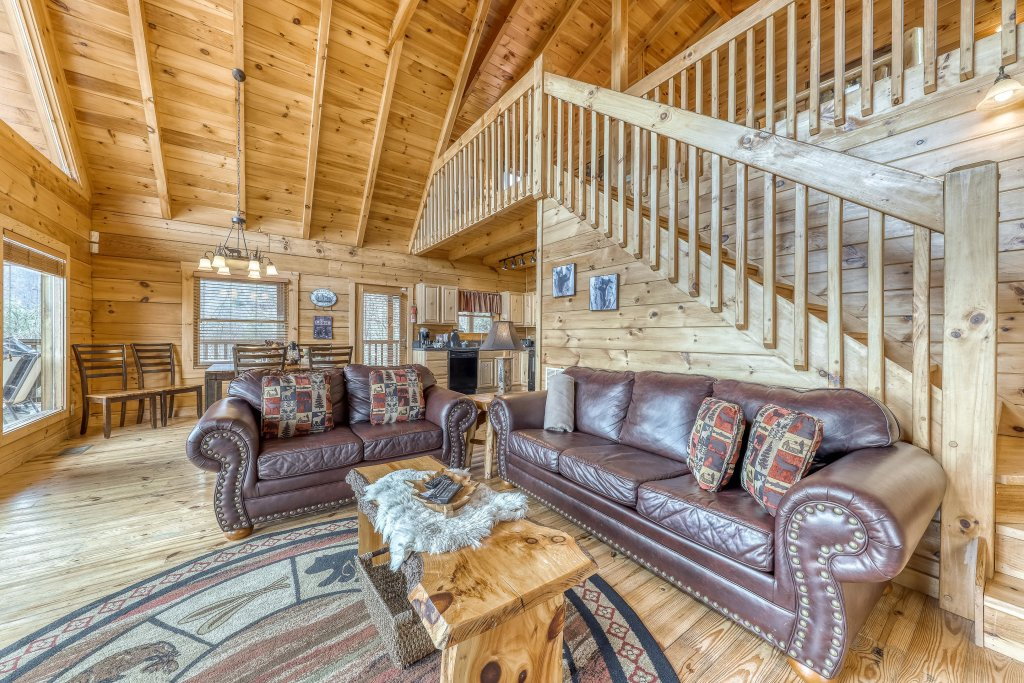 Photo of a Sevierville Cabin named Ain't No Mountain High Enough - This is the tenth photo in the set.