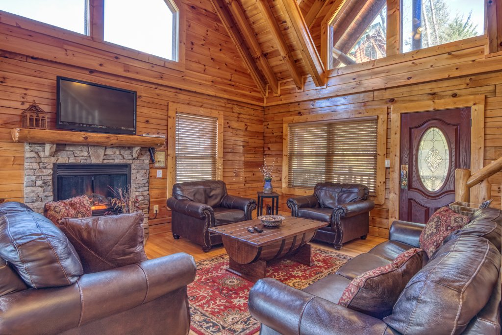 Photo of a Sevierville Cabin named Dream Come True #555 - This is the eighteenth photo in the set.