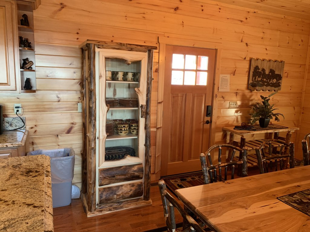 Photo of a Sevierville Cabin named Majestic View Lodge #426 - This is the twenty-fifth photo in the set.