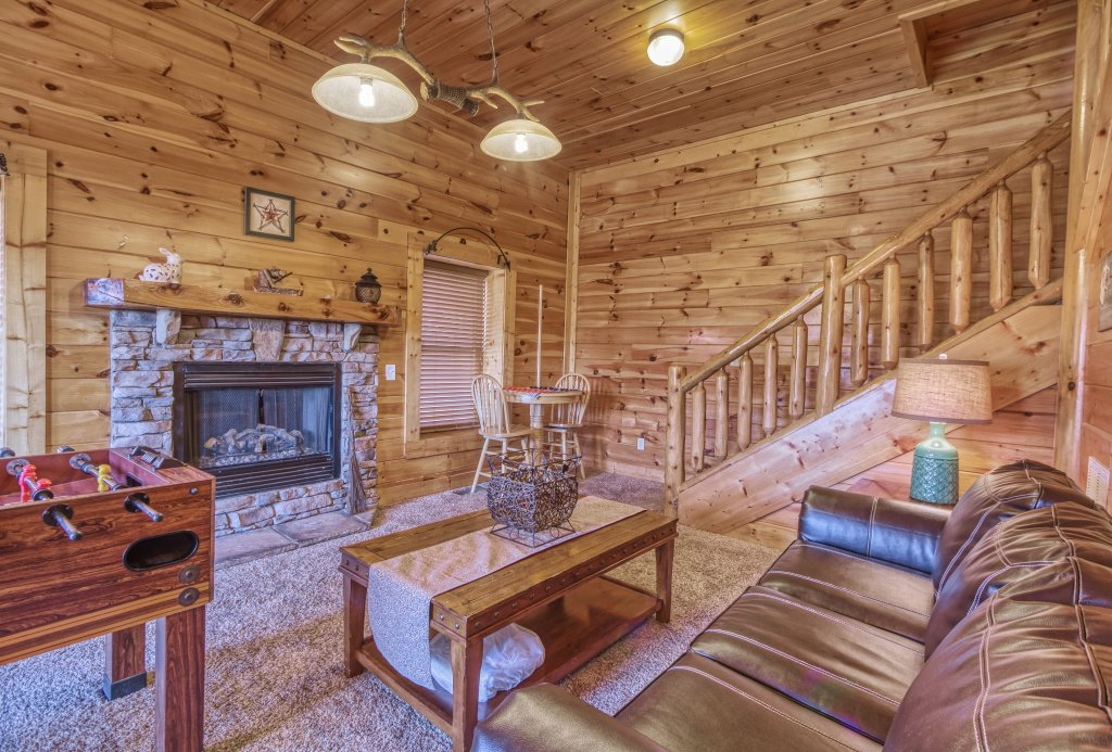 Photo of a Sevierville Cabin named Dream Come True #555 - This is the thirty-eighth photo in the set.