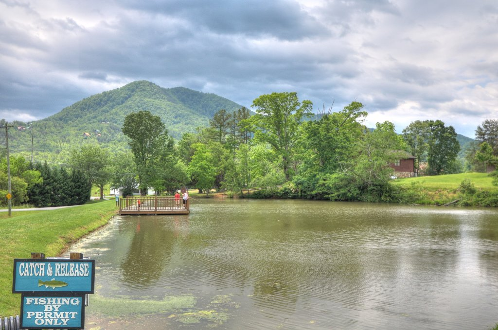 Photo of a Sevierville Cabin named Majestic View Lodge #426 - This is the twenty-third photo in the set.