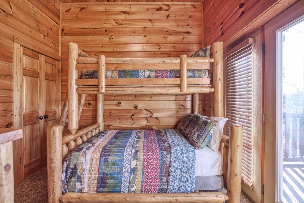 Photo of a Sevierville Cabin named Dream Come True #555 - This is the forty-third photo in the set.