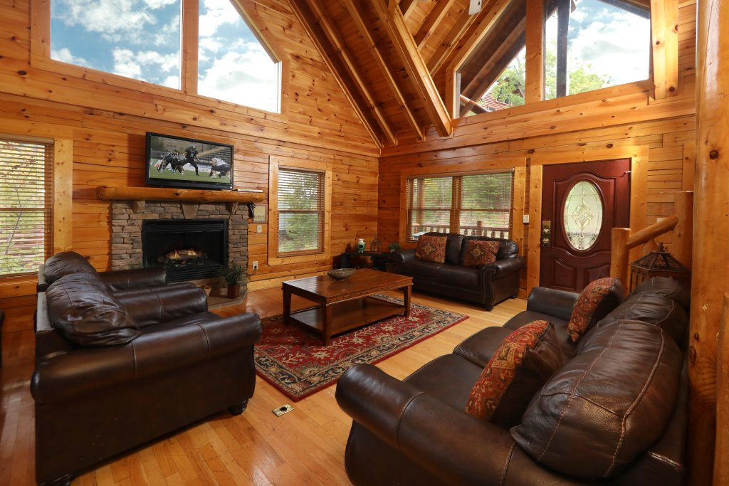Photo of a Sevierville Cabin named Dream Come True #555 - This is the fifty-fifth photo in the set.