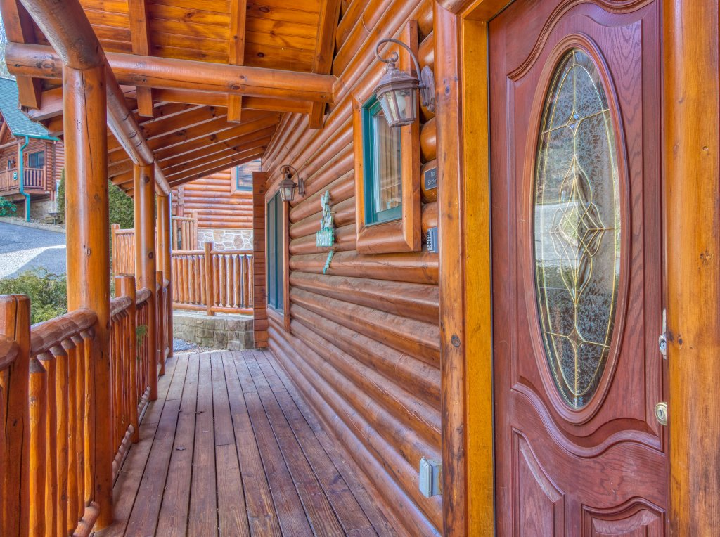 Photo of a Sevierville Cabin named Dream Come True #555 - This is the fifty-third photo in the set.