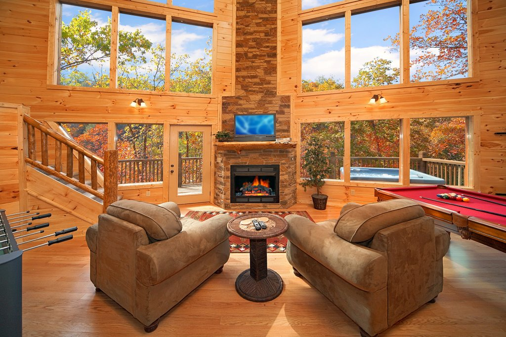 Photo of a Gatlinburg Cabin named Chalet D'amour - This is the second photo in the set.