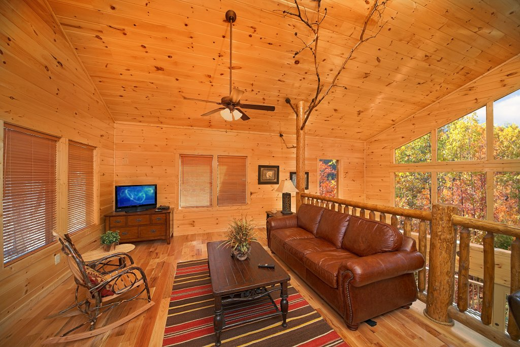 Photo of a Gatlinburg Cabin named Chalet D'amour - This is the eighth photo in the set.
