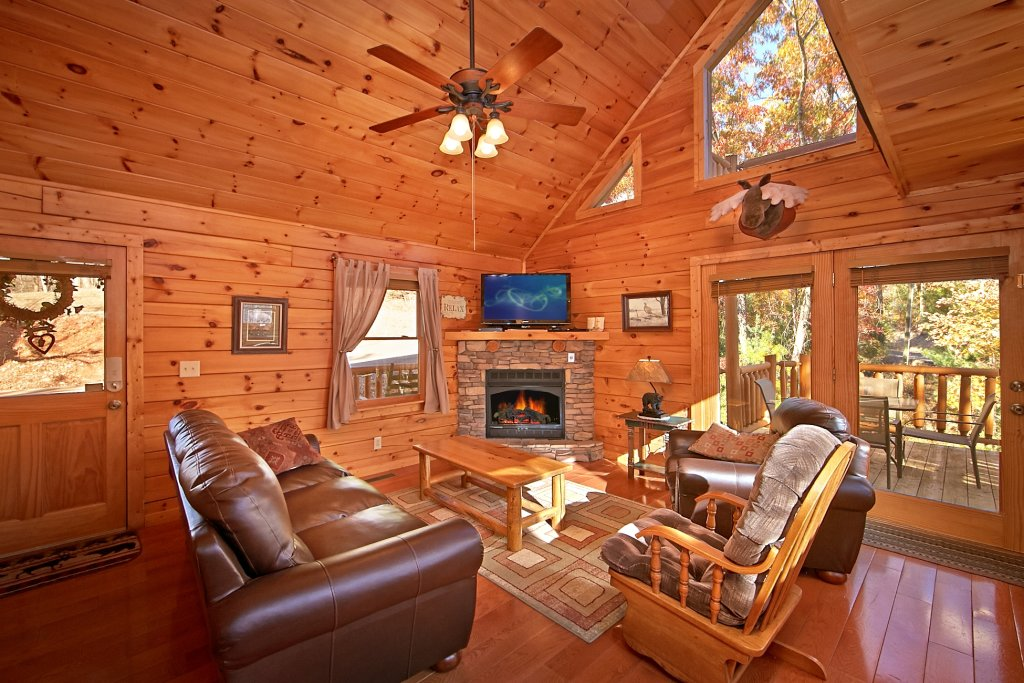 Photo of a Gatlinburg Cabin named A Secret Hideaway - This is the eighth photo in the set.