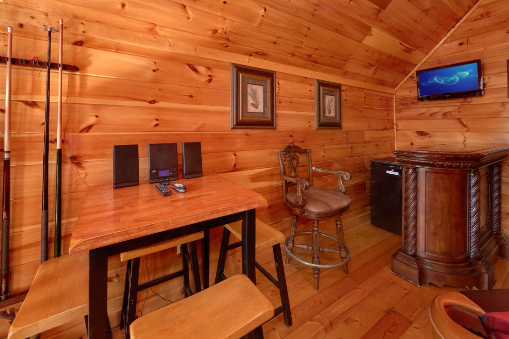 Photo of a Gatlinburg Cabin named Beary Cozy - This is the seventh photo in the set.
