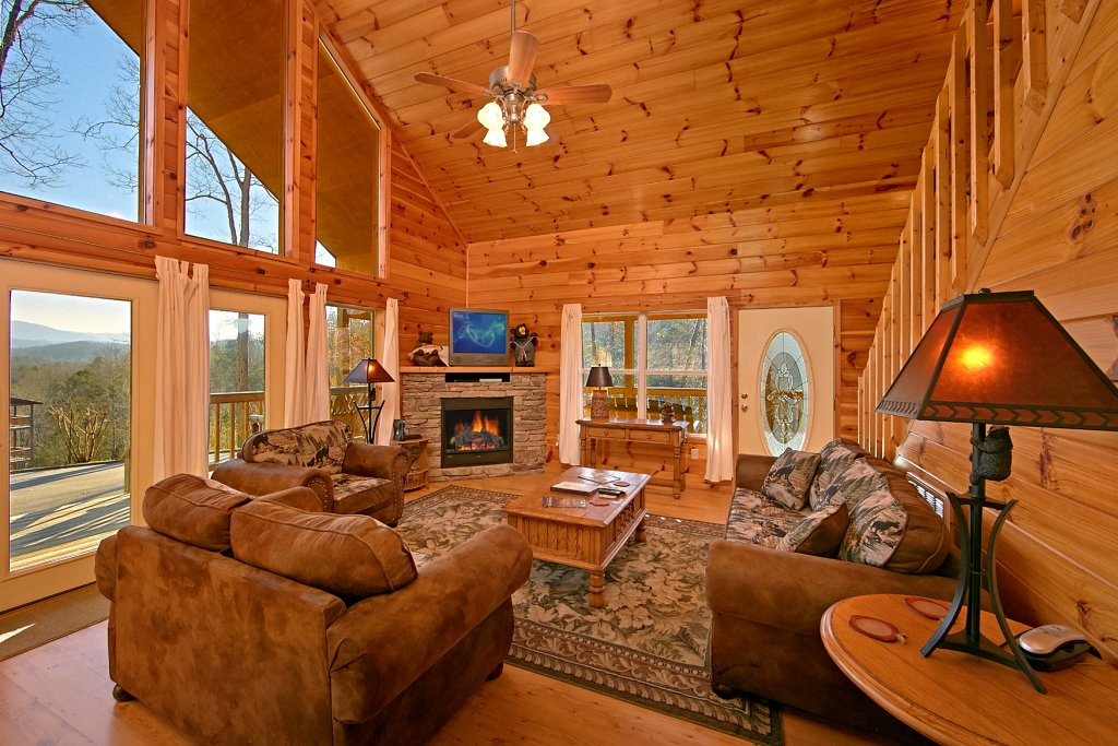 Photo of a Gatlinburg Cabin named A Slice Of Heaven - This is the eighth photo in the set.