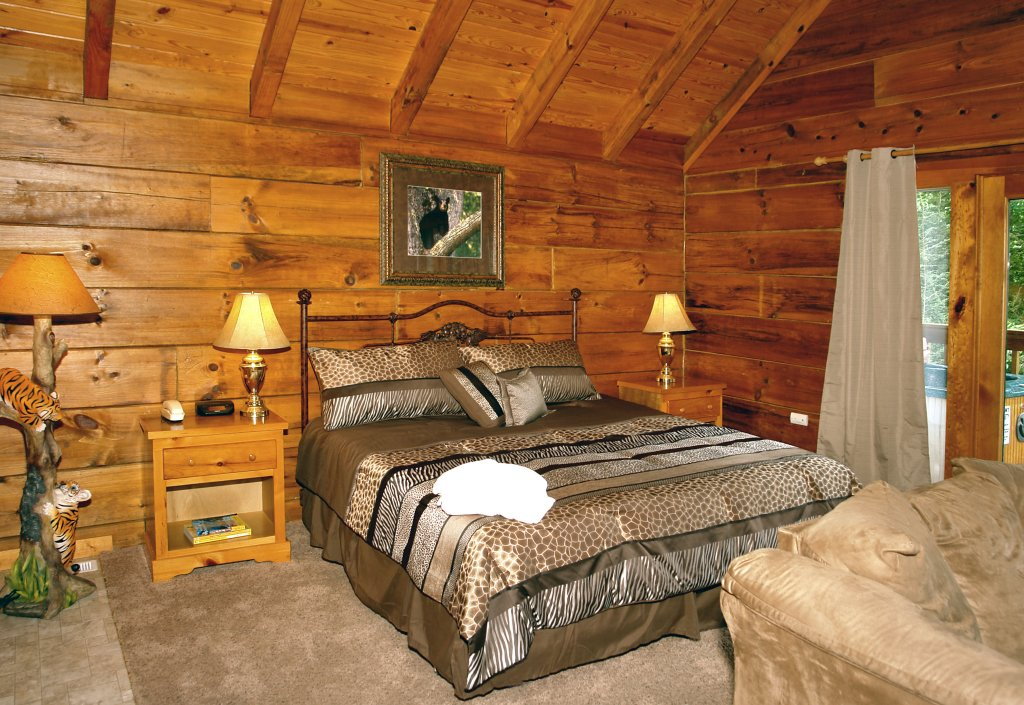 Photo of a Gatlinburg Cabin named Wild Thing #1525 - This is the ninth photo in the set.