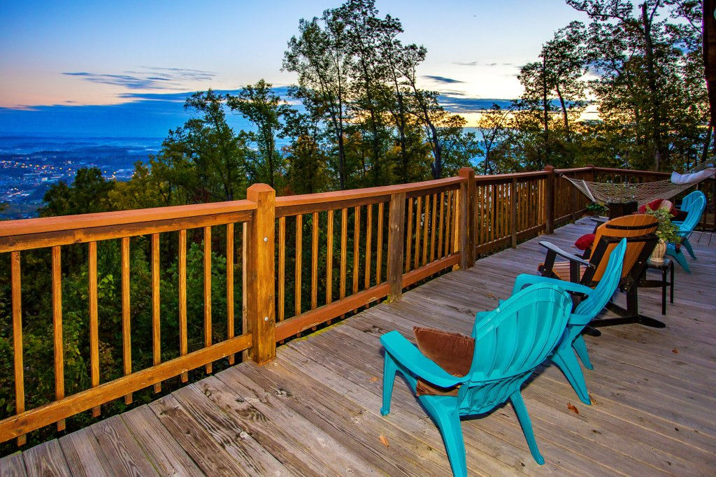 Photo of a Pigeon Forge Cabin named Eagle's View - This is the fifty-second photo in the set.