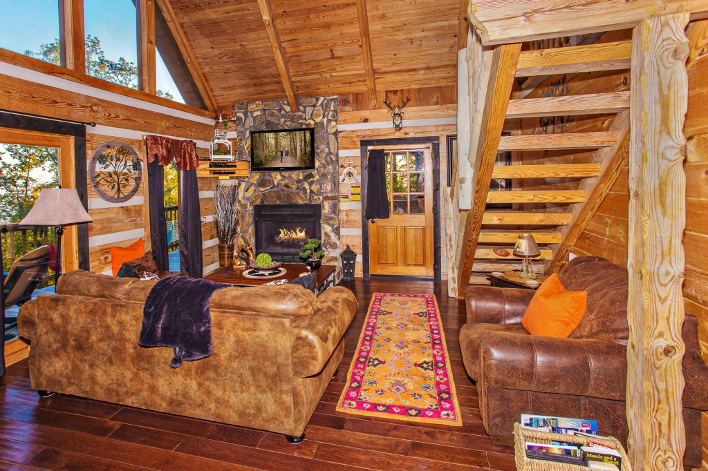 Photo of a Pigeon Forge Cabin named Eagle's View - This is the tenth photo in the set.