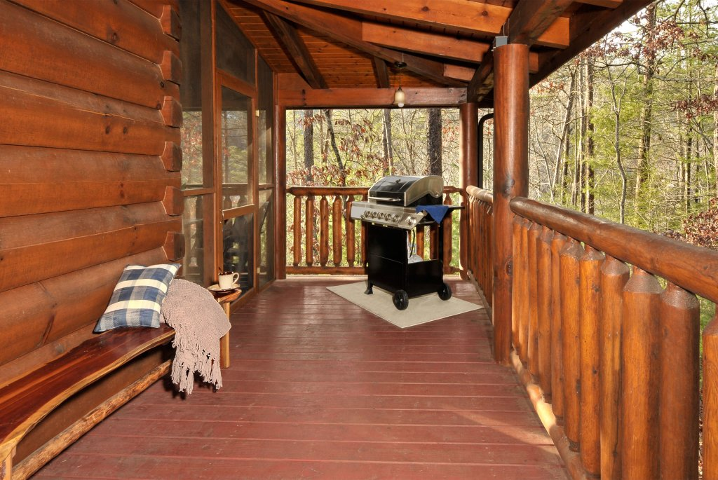 Photo of a Sevierville Cabin named Enchanted Forest - This is the twenty-fifth photo in the set.