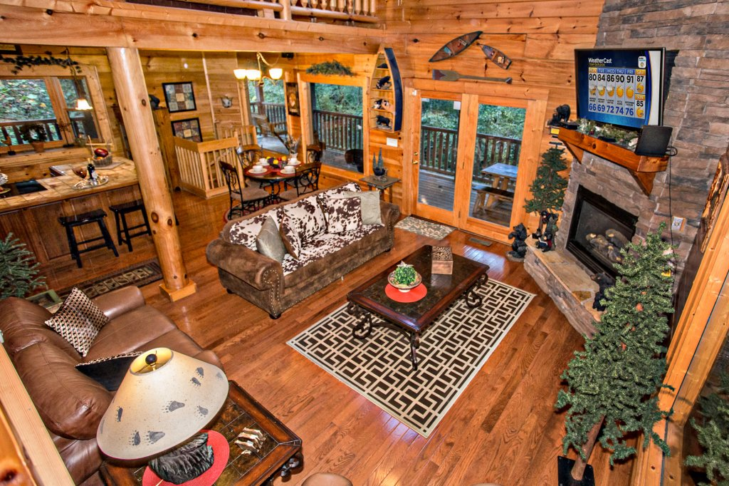 Photo of a Sevierville Cabin named Cedar Forest - This is the eighth photo in the set.