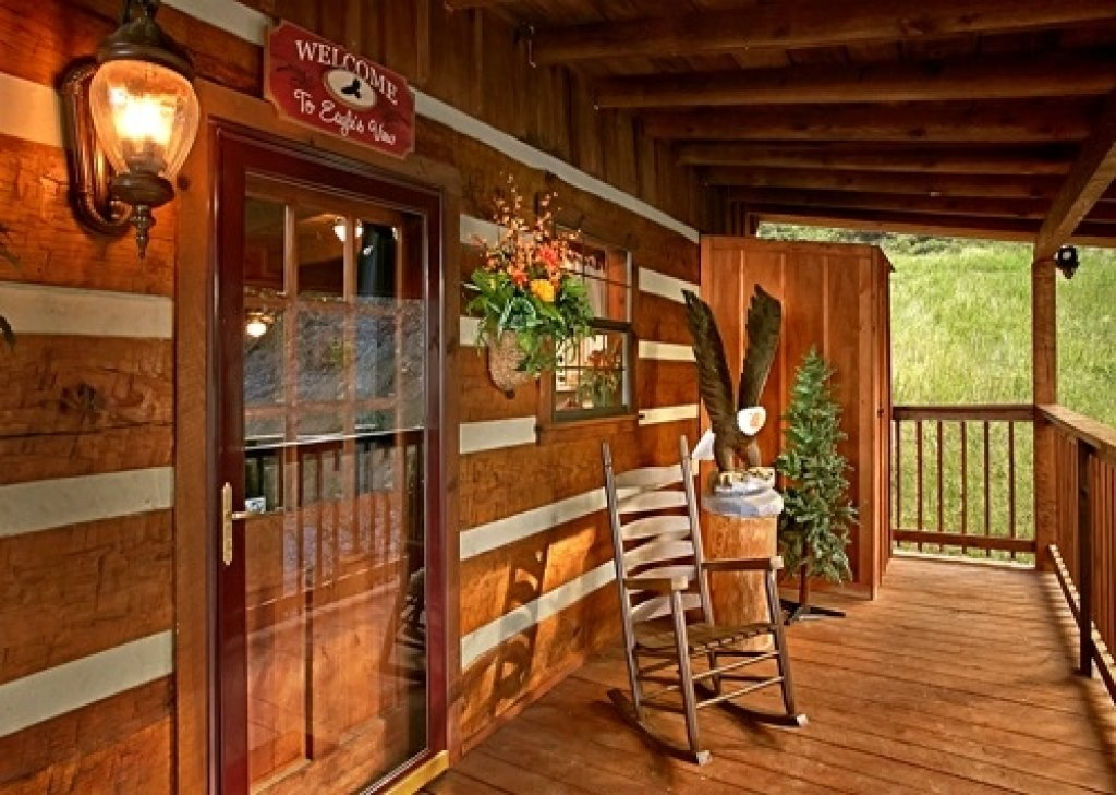 Photo of a Pigeon Forge Cabin named Eagle's View - This is the forty-first photo in the set.