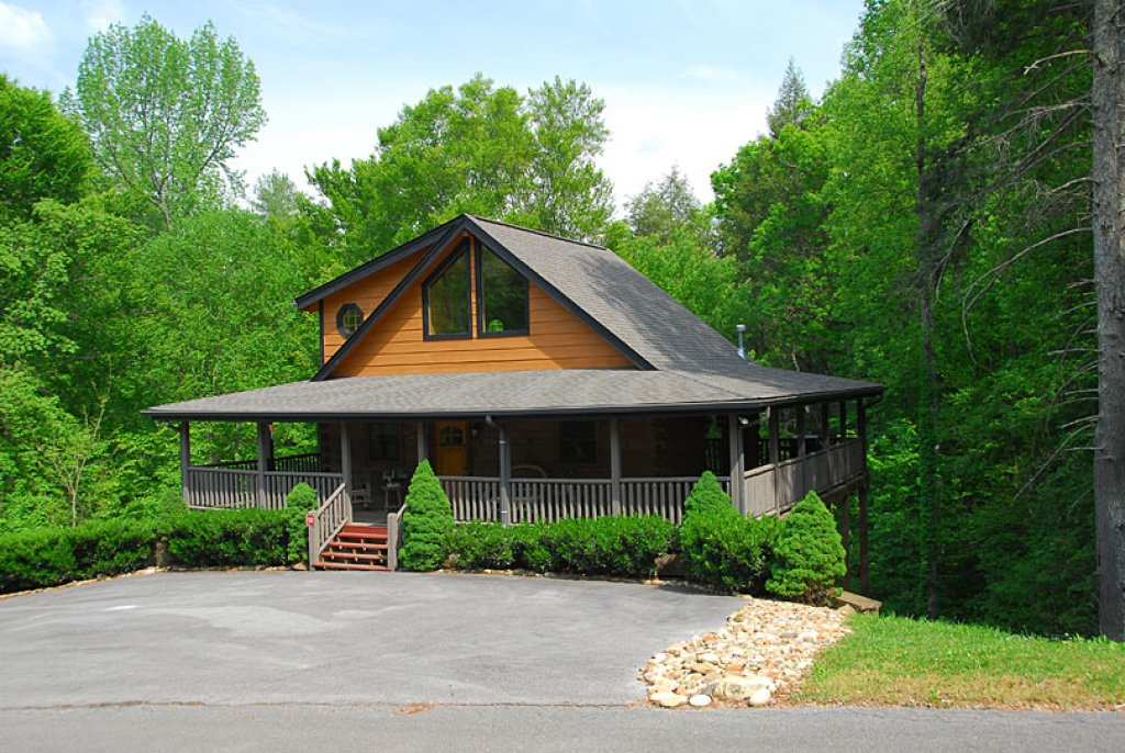 Photo of a Sevierville Cabin named Cedar Forest - This is the fiftieth photo in the set.