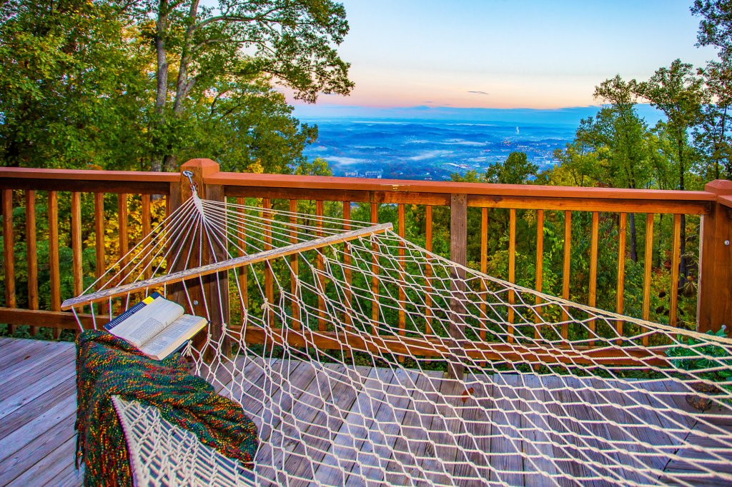 Photo of a Pigeon Forge Cabin named Eagle's View - This is the fifty-fifth photo in the set.