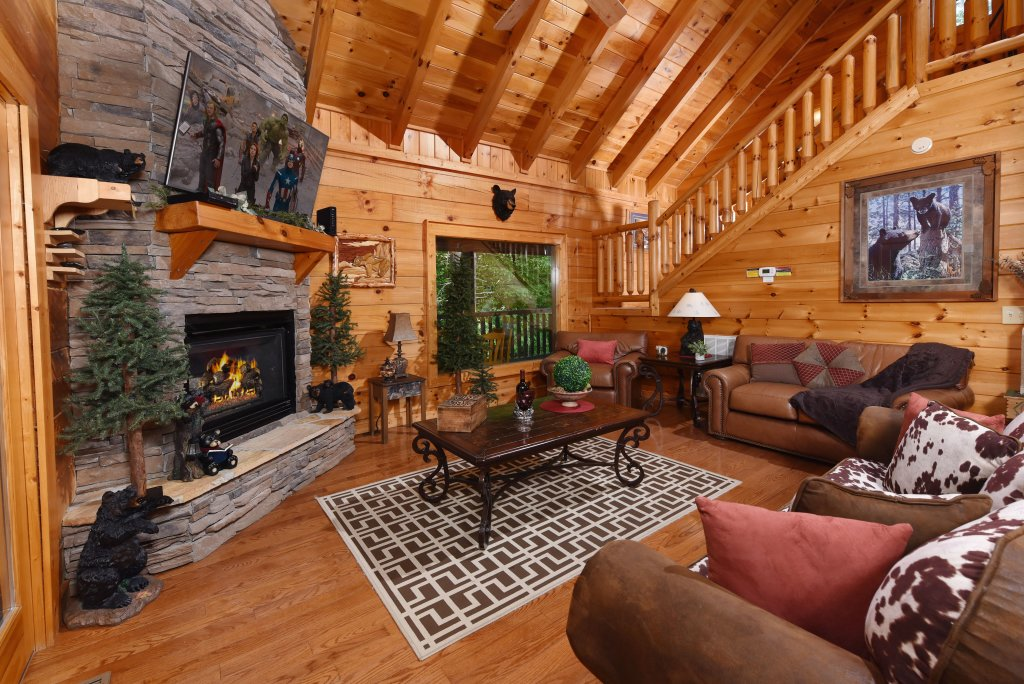 Photo of a Sevierville Cabin named Cedar Forest - This is the sixth photo in the set.