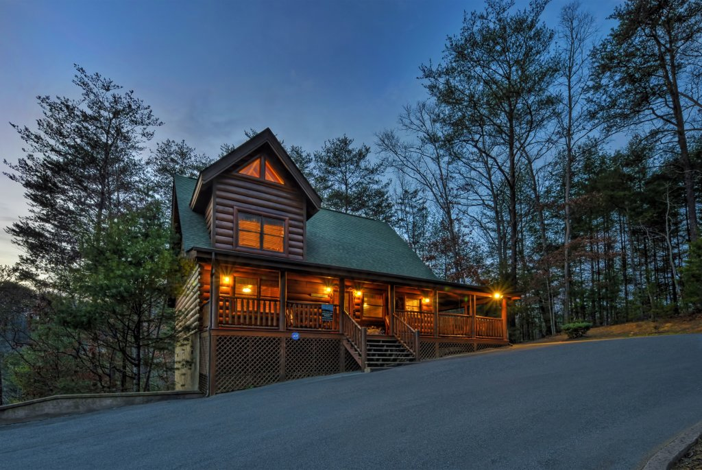 Photo of a Sevierville Cabin named Enchanted Forest - This is the third photo in the set.