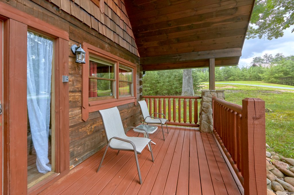 Photo of a Sevierville Cabin named Hidden Romance #1404 - This is the eighth photo in the set.