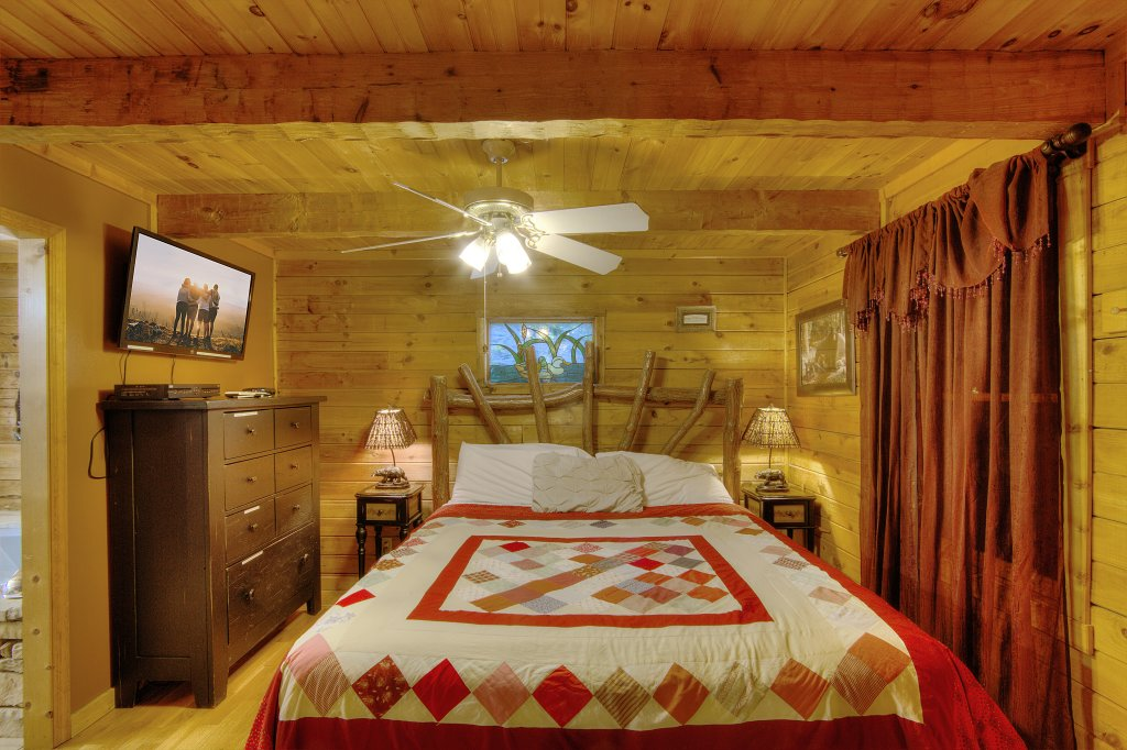 Photo of a Sevierville Cabin named Pure Pleasure Too #202 - This is the seventh photo in the set.