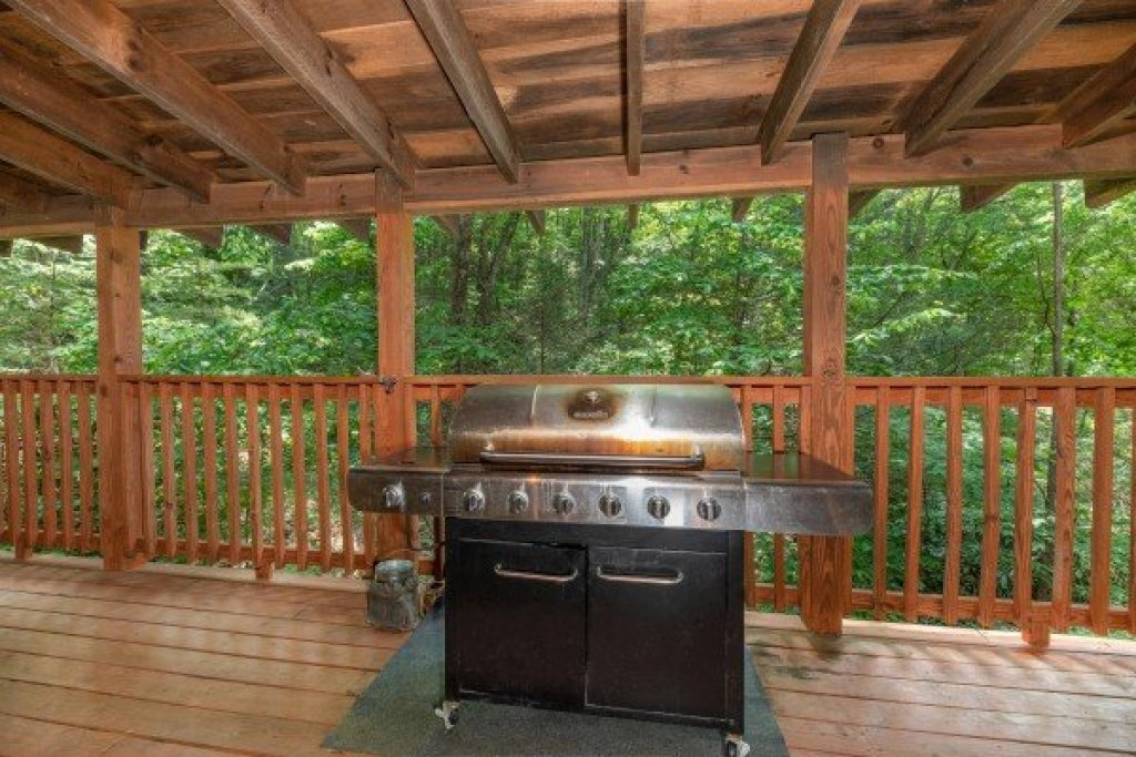 Photo of a Gatlinburg Cabin named Misty Mountain Escape - This is the ninth photo in the set.