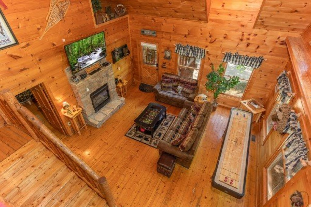 Photo of a Gatlinburg Cabin named Misty Mountain Escape - This is the fifteenth photo in the set.