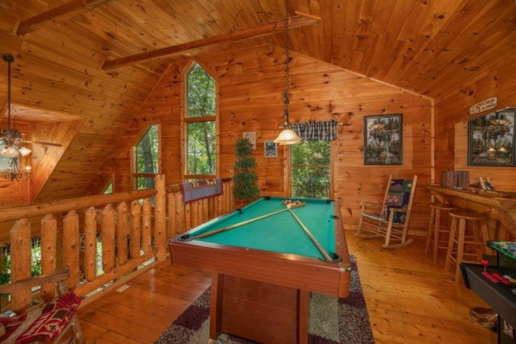 Photo of a Gatlinburg Cabin named Misty Mountain Escape - This is the sixteenth photo in the set.