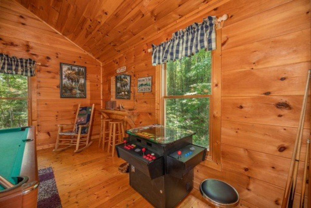 Photo of a Gatlinburg Cabin named Misty Mountain Escape - This is the seventeenth photo in the set.