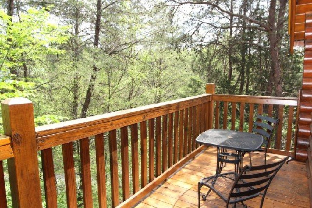 Photo of a Pigeon Forge Cabin named Alpine Sunset Thrill - This is the twelfth photo in the set.