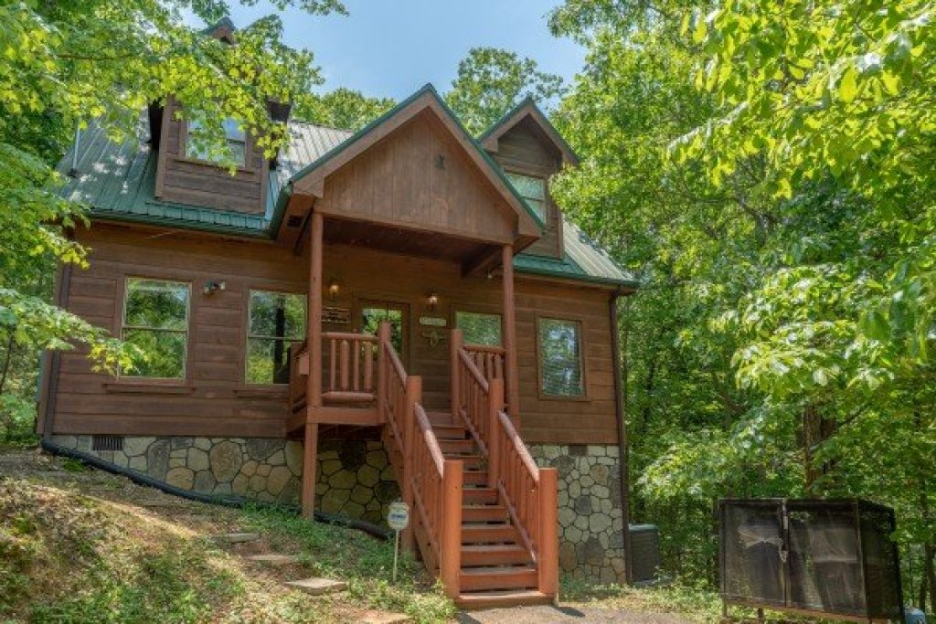 Photo of a Gatlinburg Cabin named Misty Mountain Escape - This is the twenty-fifth photo in the set.