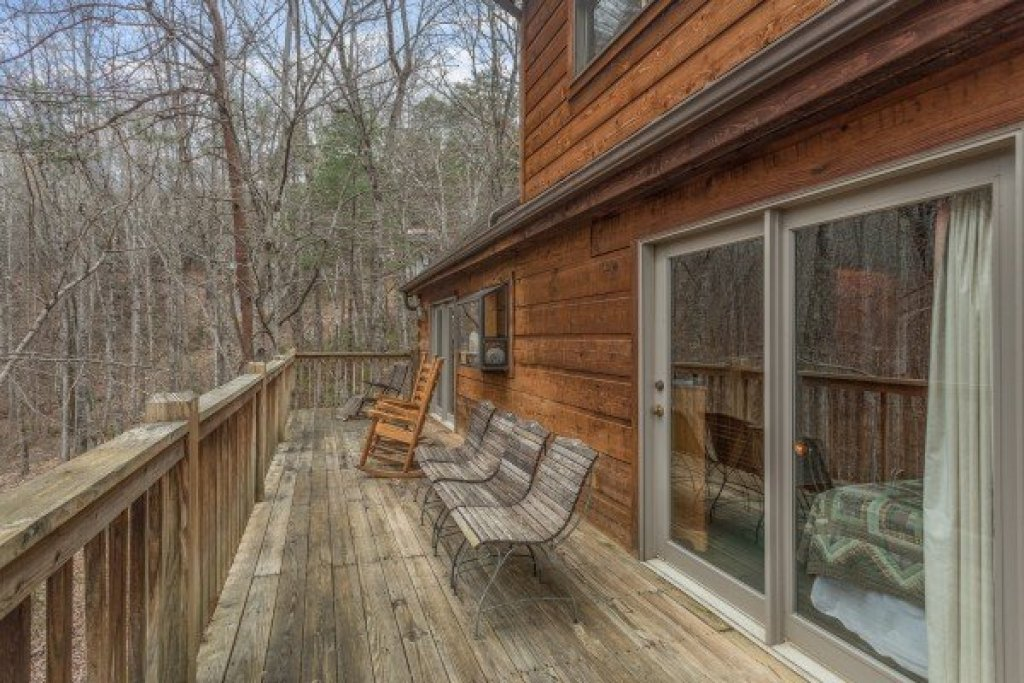 Photo of a Sevierville Cabin named Sweet Mountain Escape - This is the thirteenth photo in the set.