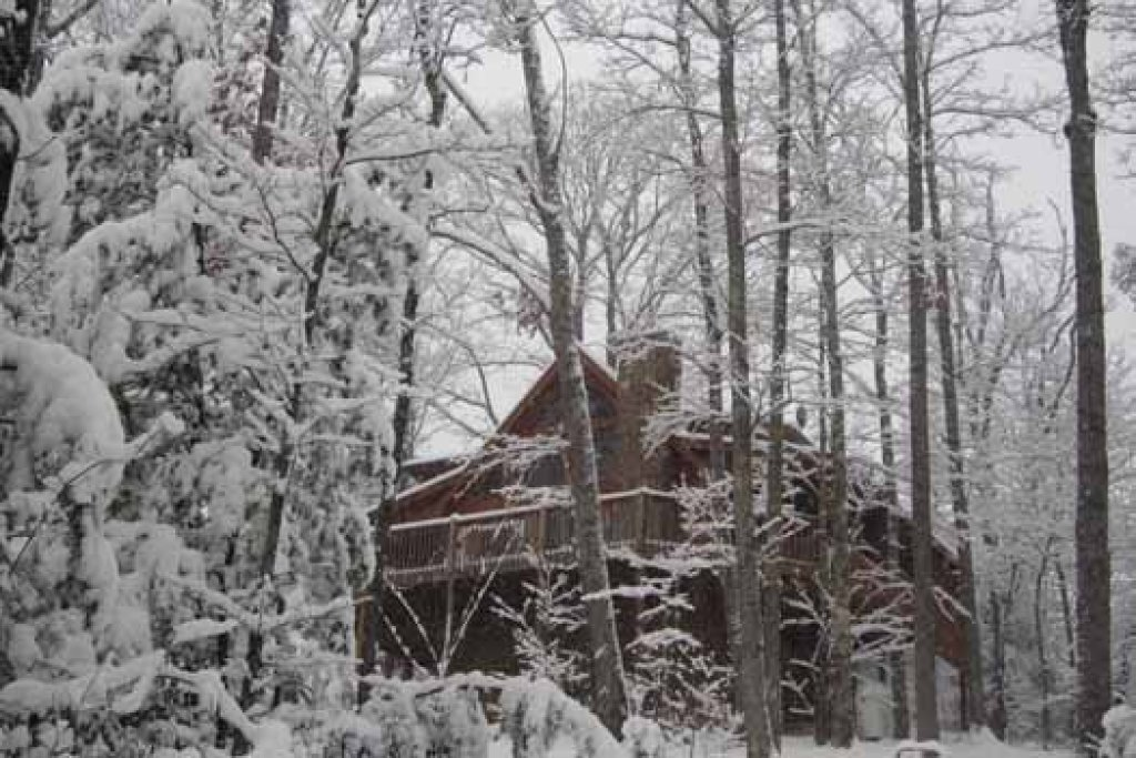 Photo of a Pigeon Forge Cabin named Alpine Romance - This is the third photo in the set.