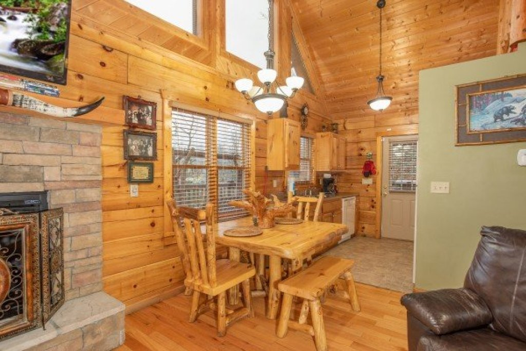 Photo of a Pigeon Forge Cabin named Alpine Romance - This is the seventh photo in the set.