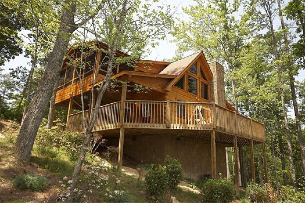 Photo of a Pigeon Forge Cabin named Alpine Romance - This is the thirty-fifth photo in the set.