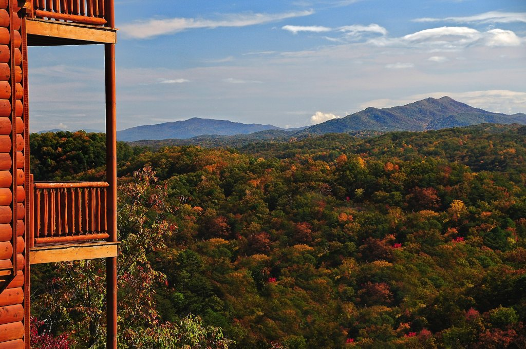 Photo of a Pigeon Forge Cabin named Kings Mountain Lodge - This is the thirty-fourth photo in the set.
