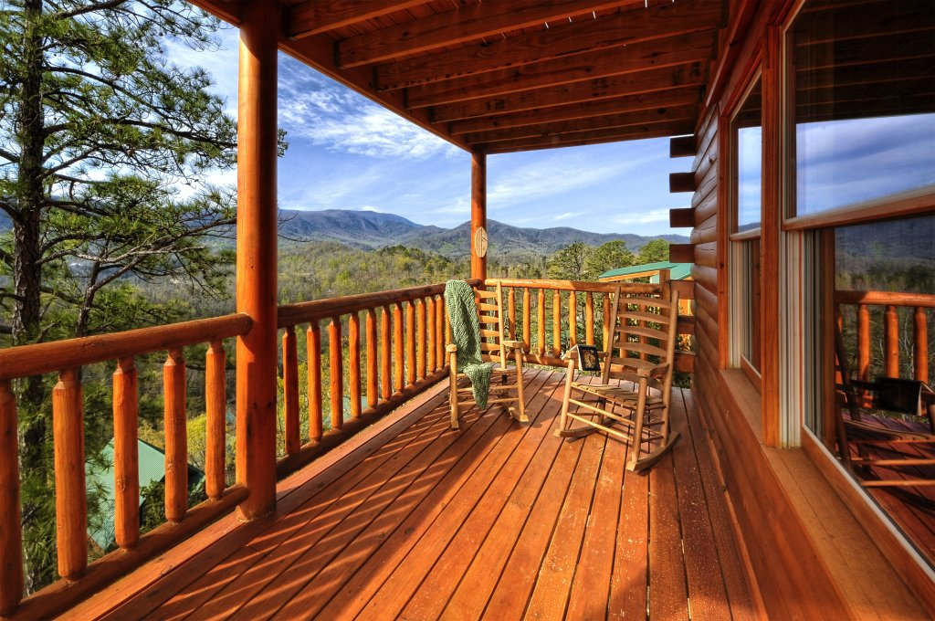 Photo of a Pigeon Forge Cabin named Kings Mountain Lodge - This is the thirty-first photo in the set.
