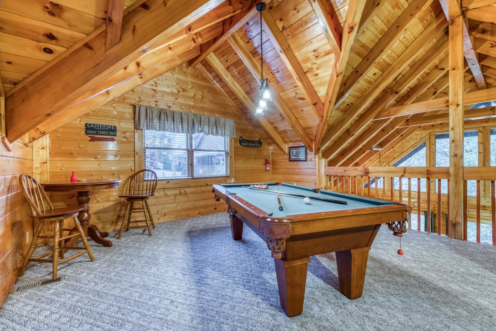 Photo of a Pigeon Forge Cabin named Blackberry Cobbler - This is the twelfth photo in the set.