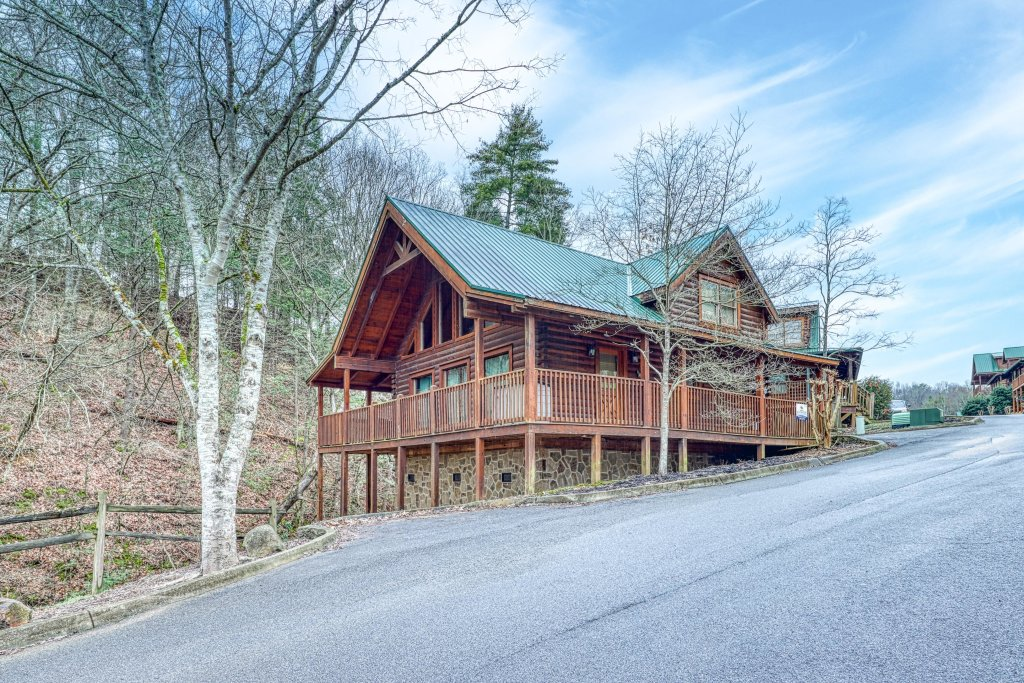 Photo of a Pigeon Forge Cabin named Blackberry Cobbler - This is the twenty-third photo in the set.